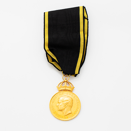 Carl xvi gustaf, medal,18 ct gold, from cf carlman, stockholm. with box and ribbon.
