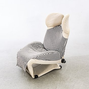 An 1980/90:s 'Wink chair', easy chair by Toshiyuki Kita.