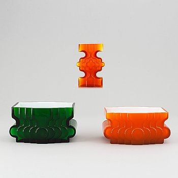 PO Ström, three glass vases, Alsterfors Glasbruk, ca 1970.