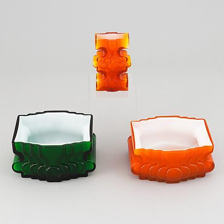 Po ström, three glass vases, alsterfors glasbruk, ca 1970.