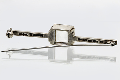 Wiwen nilsson, brooch, sterling silver, rock crystal approx 12x10 mm, lund 1955, length approx 7 cm.
