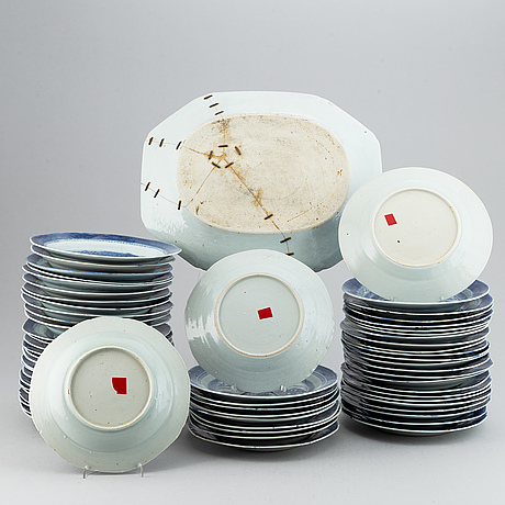 A set of 62 plates, qing dynasty, 19th century.