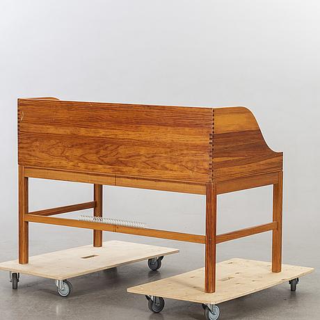 Andreas hansen, skrivbord med skrivbordsstol, hadsten träindustri danmark, sekelskiftet 2000.