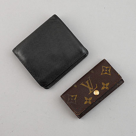 Louis vuitton, a wallet and keycase.