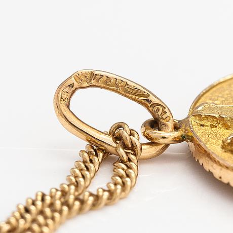 An 18k gold necklace. a tillander, helsinki 1969.