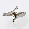 Ring 14k vitguld m 1 briljant 0,39 ct ingraverat, light brown si.