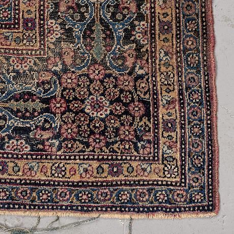 Matto, a semi-antique tehran, possibly, ca 220 x 142 cm.