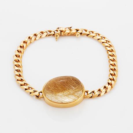Cabochon-cut rutile quartz bracelet, 18k gold.