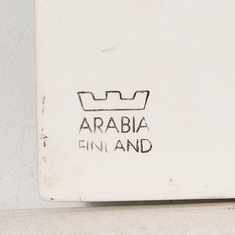Heljä liukko-sundström, väggplakett, keramik, signerad och daterad 1992, arabia finland.