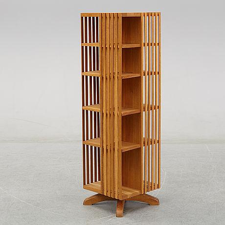 A late 20th century bookshelf.