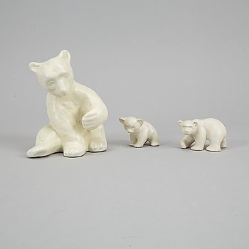 Vicke Lindstrand, Upsala-Ekeby, et al, three earthenware polar bears.