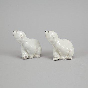 Lomonosov, two porcelain polar bears, Russia.