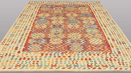 Matto, kilim, ca 340 x 253 cm.