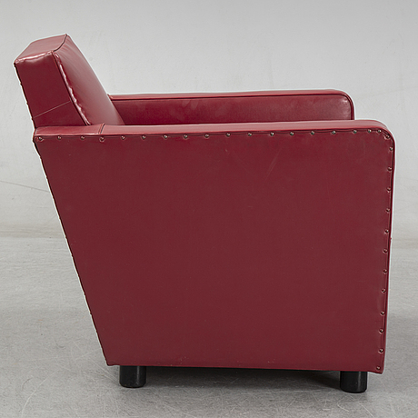 A 1930's easy chair.