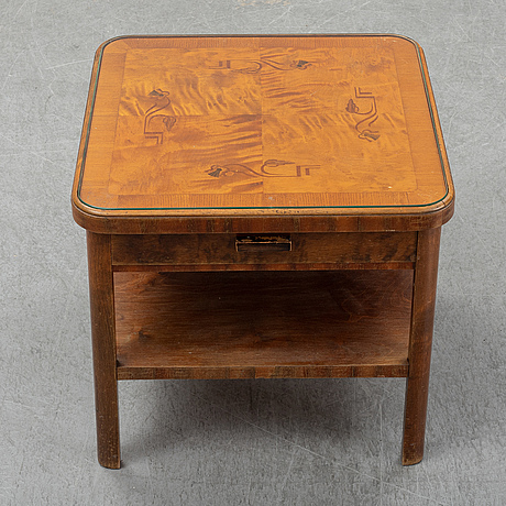 A 1930's table.