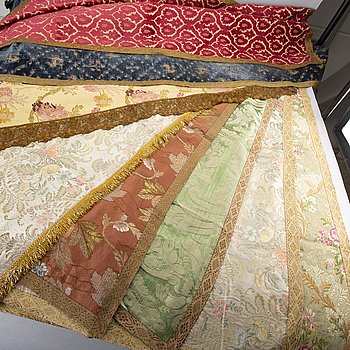 Eight 20th century first half tablecloths by Luigi Bevilaqua och Rubelli, Venice Italy.