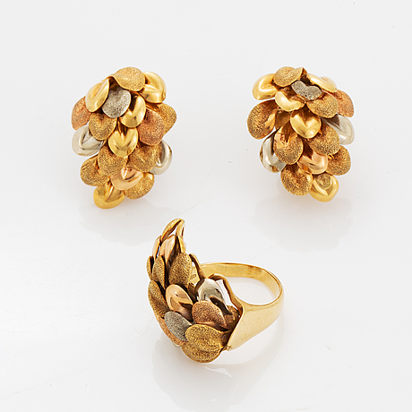 18k gold earrings and ring.