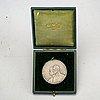 King ferdinand queen maria coronation medal, romania 1922.