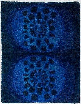 Ritva Puotila, A Finnish rya-rug for Oy Finnrya Ab. Circa 175x135 cm.