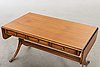 Soffbord engelsk stil, mahogny , åmells möbler  1900-talets andra hälft.
