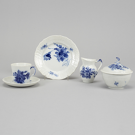 Royal copenhagen, a part 'blå blomst' coffee service, denmark (26 pieces).