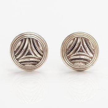 A pair of sterling silver earrings, model 949. Kalevala Koru, Helsinki 1984.