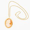 18k gold shell cameo pendant/brooch with chain.