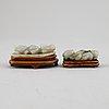Figuriner, två stycken, nefrit. kina.