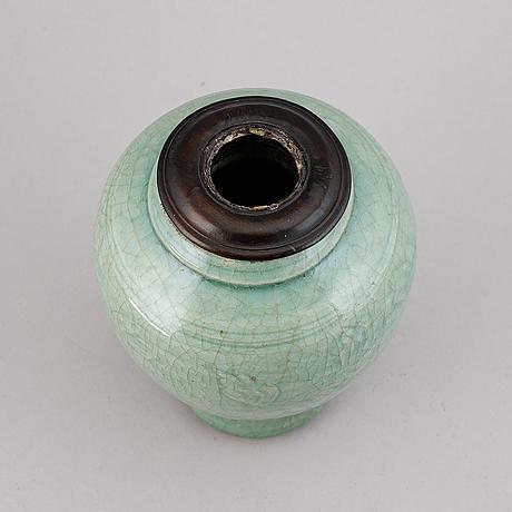 Vas, porslin. mingdynastin (1368-1644).