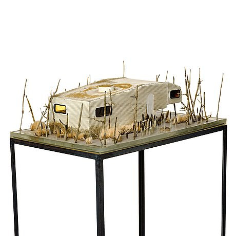 Moa israelsson forsberg, miniwell, polyester, epoxy, wire. executed in 2013.