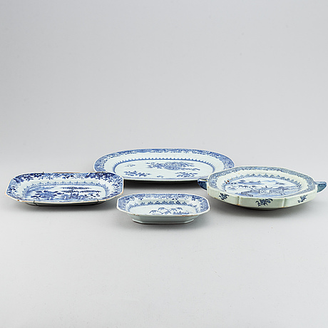 A set of four blue and white dishes, qing dynasty, qianlong (1736-95).