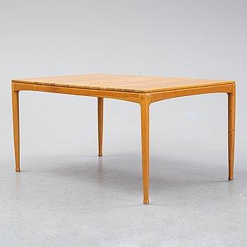 An oak 'Micado' coffee table by Sven Engström & Gunnar Myrstrand.