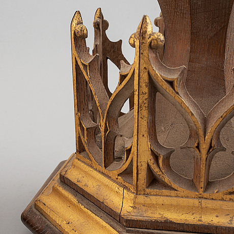 A pair of wooden neo-gothic wall shelves, mid 19th century.