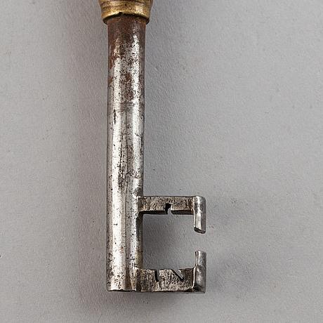 Nycklar, 5 st, mässing och järn, 1600-tal.