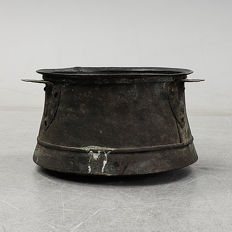 A copper cauldron, stamped 50 k 1835 jj h i k n22.
