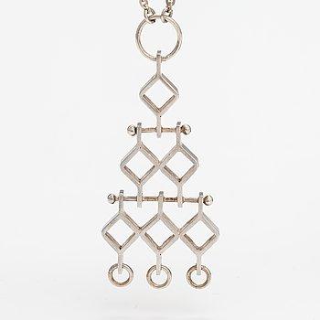 """Jorma Laine, A silver necklace """"Ruutu"""". Kultateollisiis, Turku 1967."""