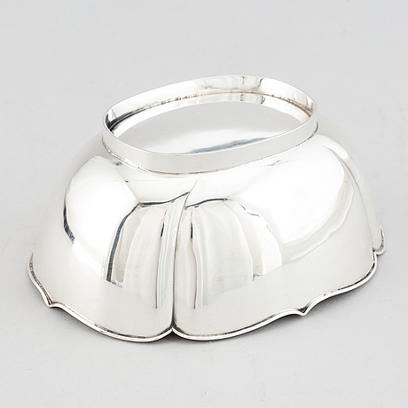 A sterliong silver bowl, makers's mark a. michelsen, stockholm, 1949.