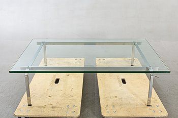 An Fabrisius & Kastholm glass sofa table.