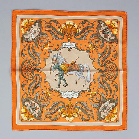 Hermès, scarf och almanacksfodral.