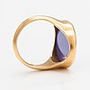An 18k gold ring with a coloured chalcedony. kalevi piirainen, helsinki 1980.