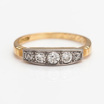 Georg Buchert, An 18K gold ring with old-cut diamonds ca. 0.34 ct in total. Helsinki 1951.