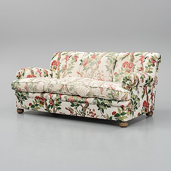 A model 703 sofa by Josef Frank for Firma Svenkt Tenn.