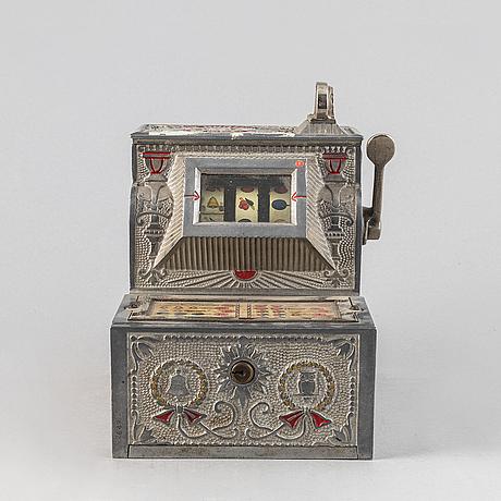 """the puritan bell"" gambling machine, first half/mid 20th century."
