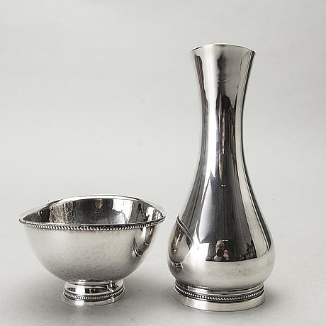 A swedish 20th century silver bowl and vase mark of e  löfman 1982/86, total weight ca 333 gr.