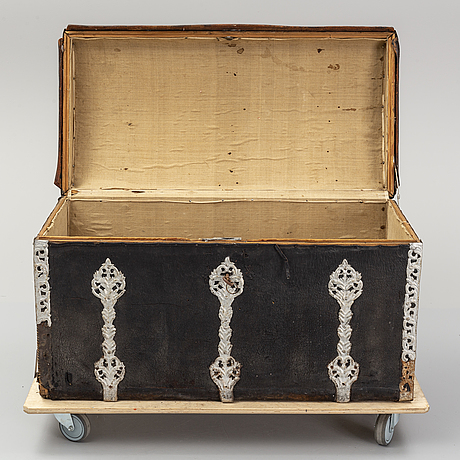 A baroque chest, 18th-century.