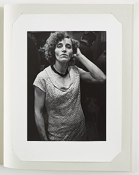 Portfolio, 10 gelatin silver prints, numbered 19/110, Jubileumspärm Fotograficentrum.