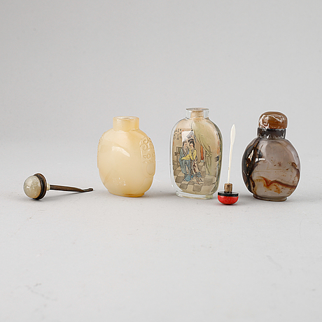 A set of three chinese snuff bottles.