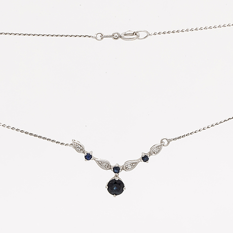 Necklace and earrings, 18k whitegold, sapphires and single-cut diamonds, length approx 40 cm.