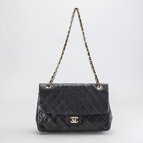 Chanel väska.