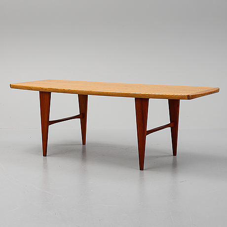 Svante skogh, a coffee table by säffle möbelfabrik.